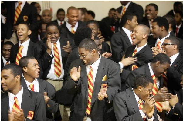The Entire Senior Class At Chicagos Only Public All Male African American High School Has Been Accepted To Four Year Colleges